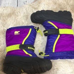 SOREL Flurry Girls Winter Boot EUC Fully Lined 13